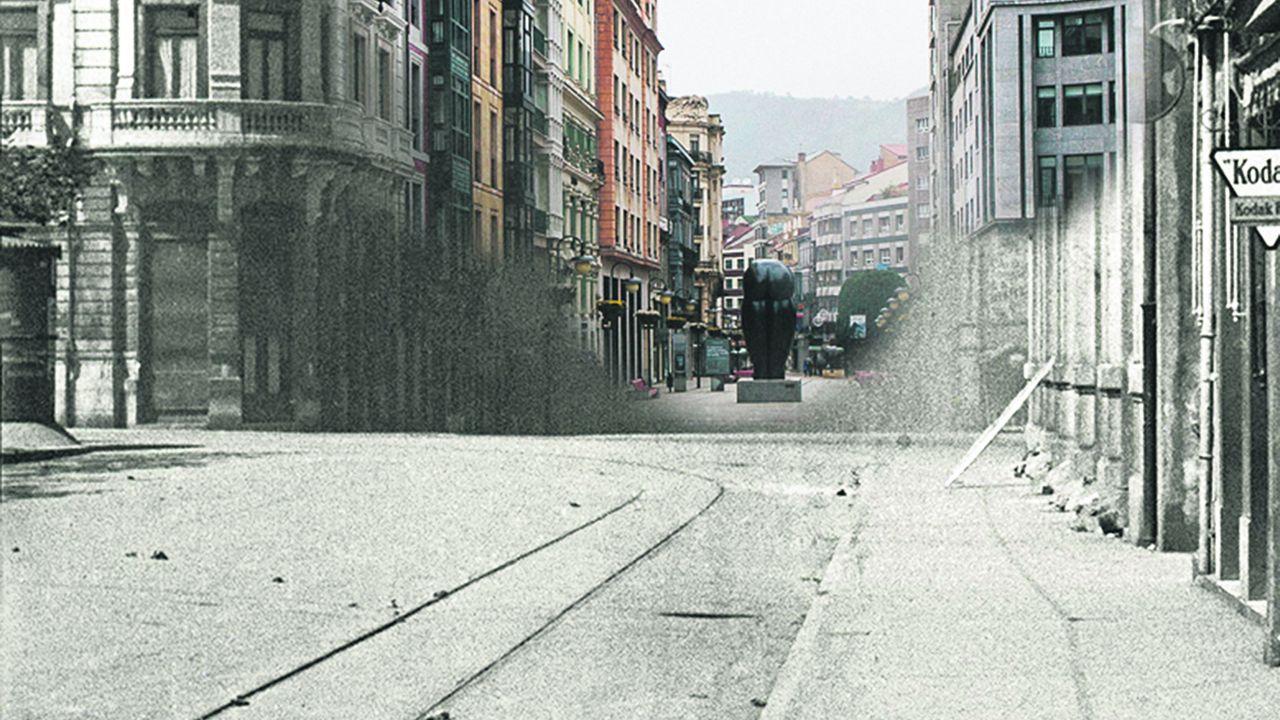 La Plaza de la Escandalera durante la guerra, sobre una imagen de Oviedo actual