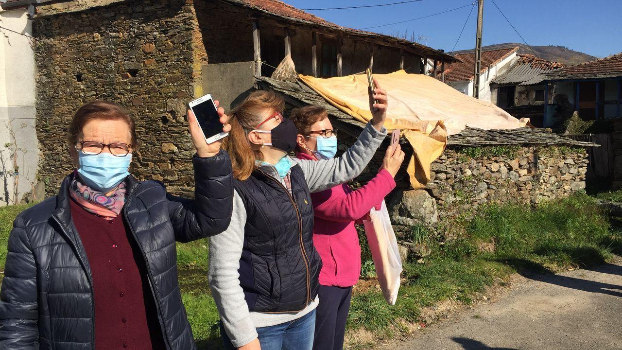 Los vecinos de O Seixo da Veiga en Riós y de O Seixo de A Gudiña, reclaman cobertura móvil..Una subida del río Nalón con motivo de uno de los temporales que vivió Asturias en 2019