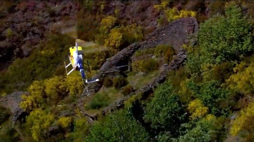 El helicóptero de Calleja sobrevuela una albariza abandonada