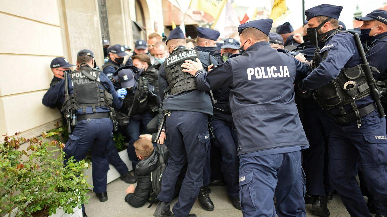 Las protestas en Polonia se saldaron con numerosos detenidos