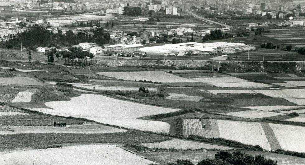 A primera reunión celebrouse nos campos de Elviña.
