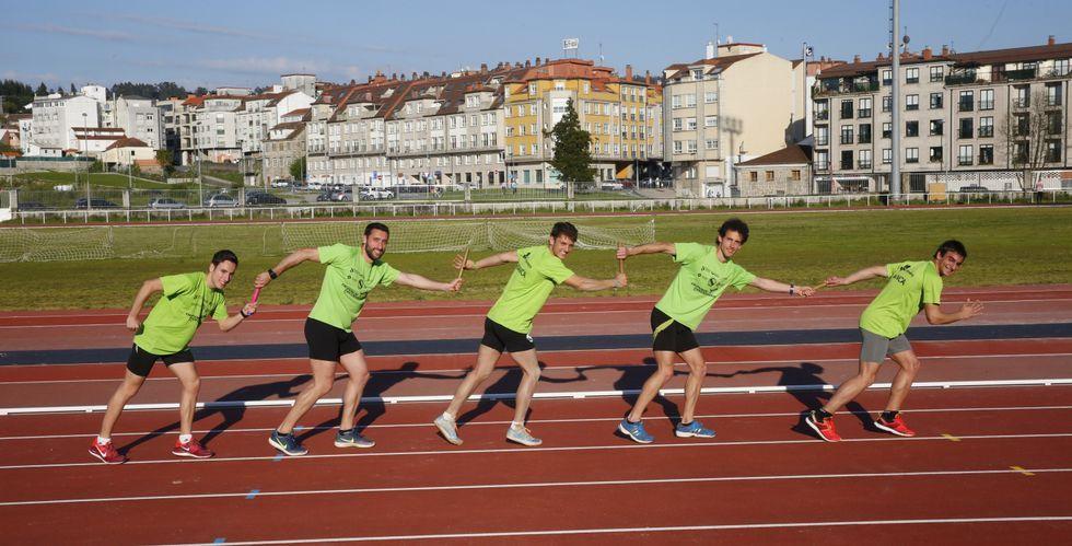 El equipo está formado por cinco corredores: Alonso, Solla, Salgado, Ferrer y Darío Costas, encargado de suplir eventuales bajas.