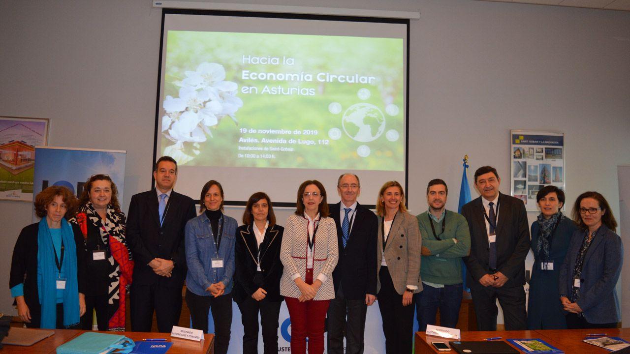 Galicia y Asturias abordan sus desafíos en el foro Encuentros en el Eo.Participantes en la jornada