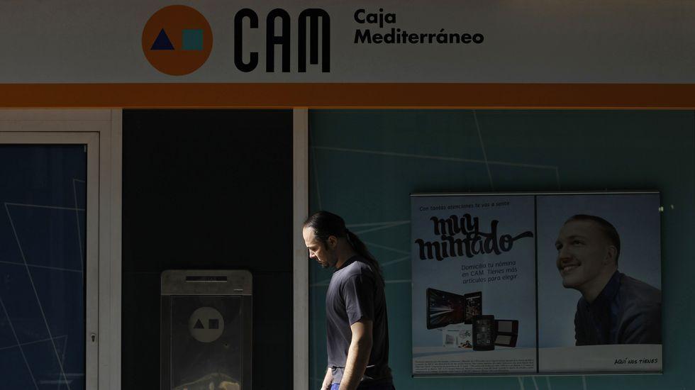 Banco Santander, en Eijo Garay esquina Pardo Bazán.