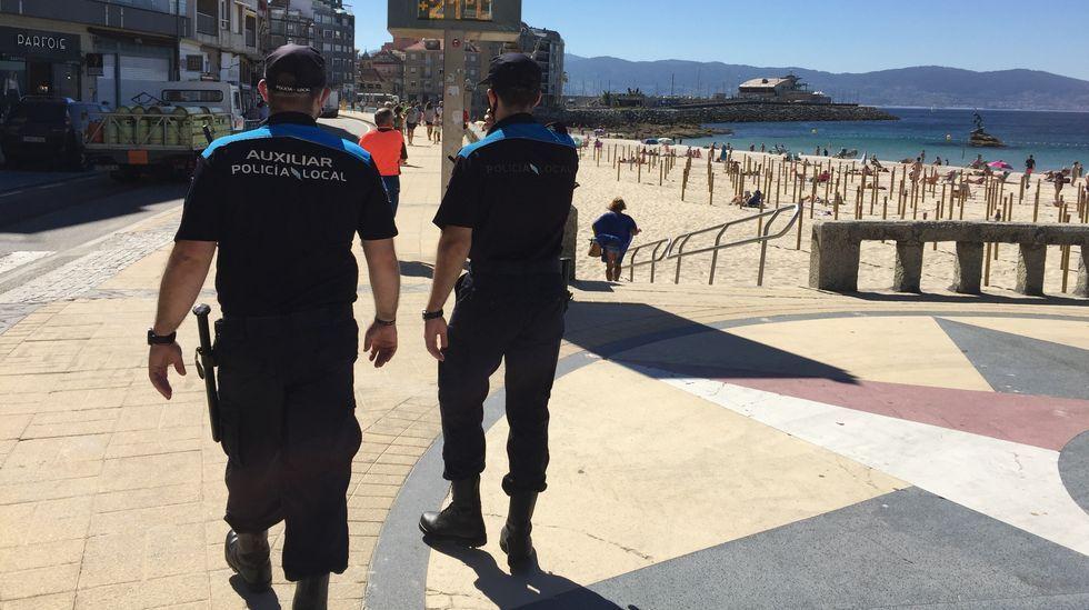 Los chefs de Estrellas Solidarios no Camiño promocionan la gastronomía y el paisaje gallego.El diputado más joven, el nacionalista Daniel Castro, ha copresidido la sesión con una chaqueta de Alcoa.