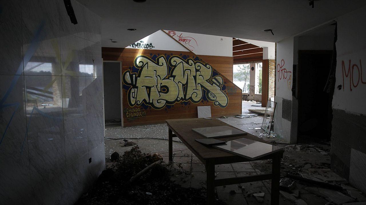 ANTIGUA DISCOTECA EL BOSQUE EN CECEBRE