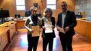 María Fernández, María Luisa Carcedo y Fernando Lastra en la recogida de actas de diputados y senadores