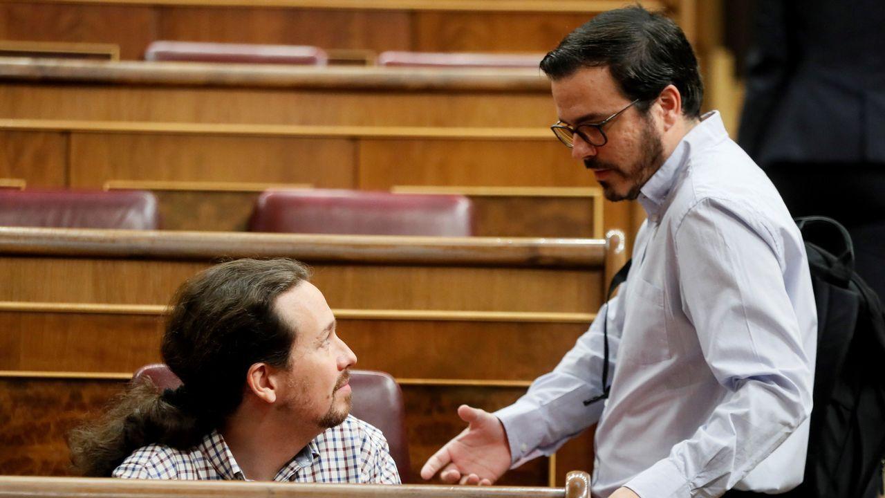 Iglesias reconoce que una baja participación en la consulta sobre su continuidad también les obligaría a dimitir.Pablo Iglesias