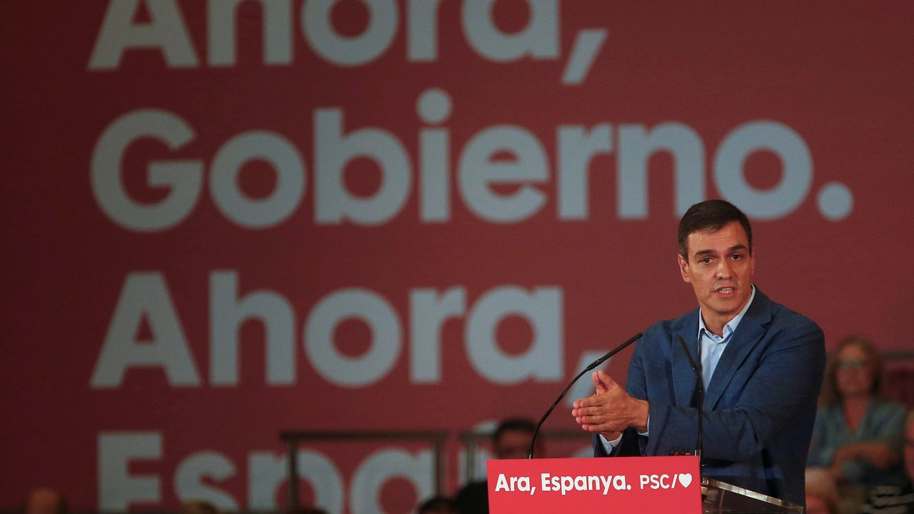 La firma del acuerdo, en imágenes.Pedro Sánchez, este miércoles, durante un mitin en Barcelona