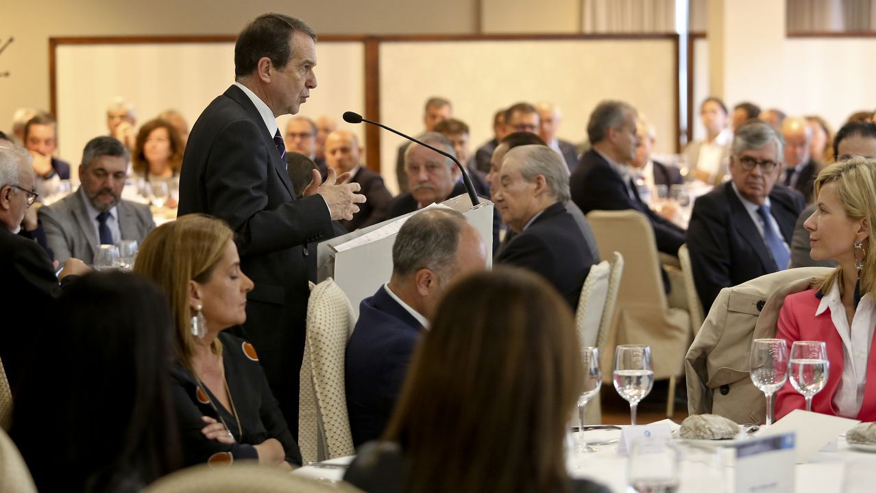 Dos décadas de las uvas al mediodía en Vilagarcía.Gregorio Gorriarán, ex director general adjunto de Caixanova, a su llegada a la Audiencia Nacional