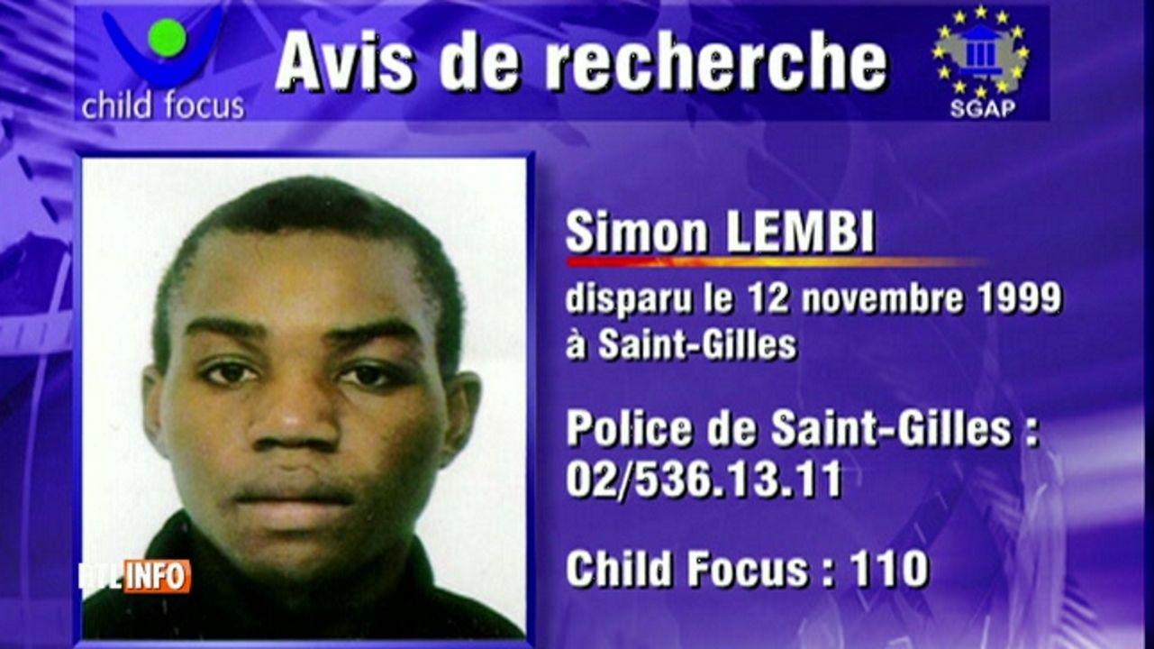 Anuncio de búsqueda del menor desaparecido en 1999
