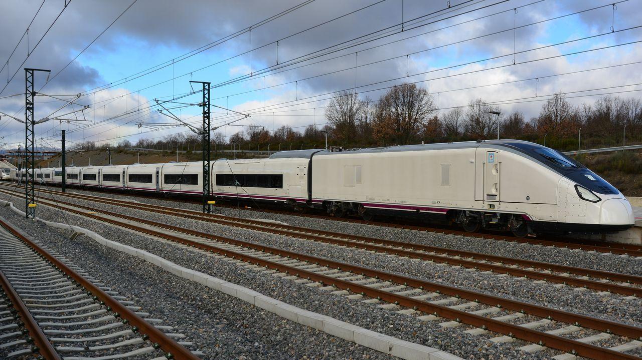La versión en ancho fijo del Avril hace las pruebas en Zamora, en la línea de alta velocidad a Galicia, para ser homologado.