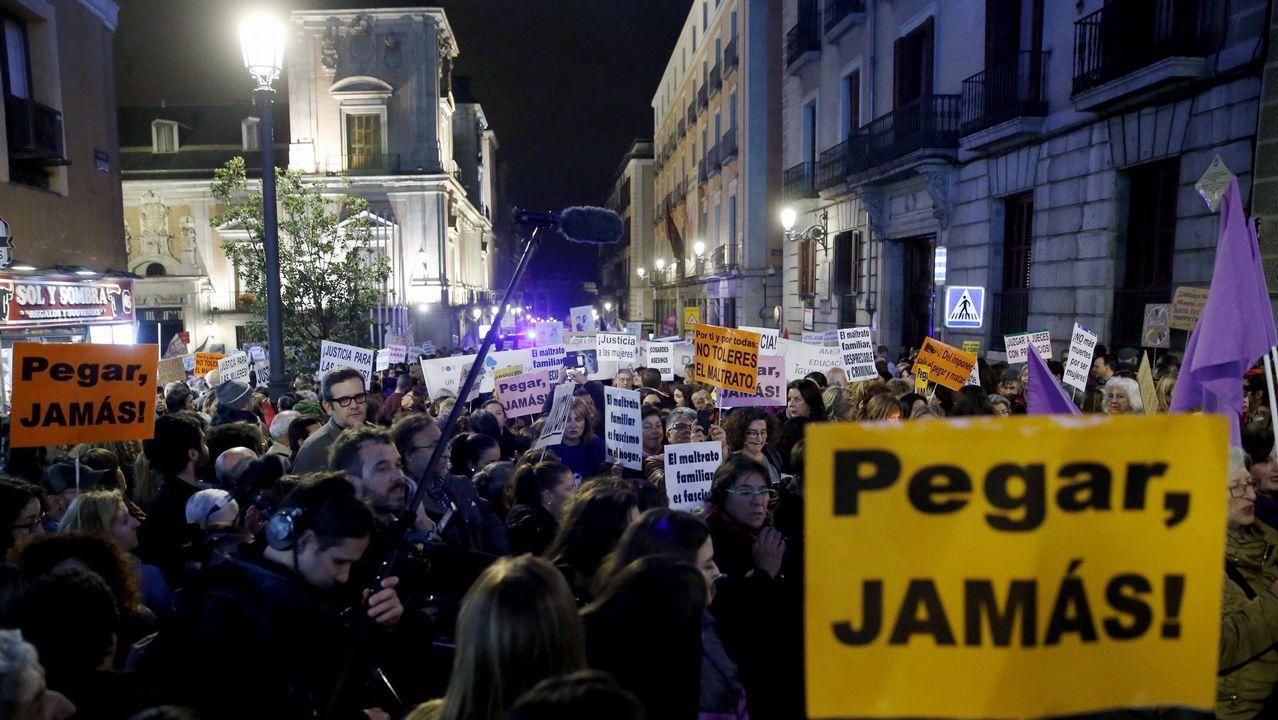 Miles de personas se dieron cita en Madrid en la manifestación del Día Internacional contra la Violencia