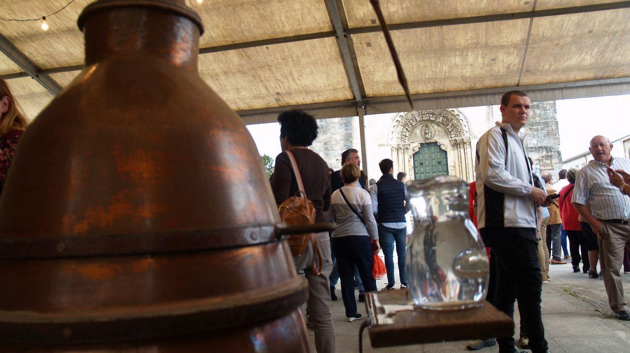 Antes y después de una obra en Belesar.Demostración de molienda de aceituna al estilo tradicional en el molino artesanal de Bendilló, accionado por un burro