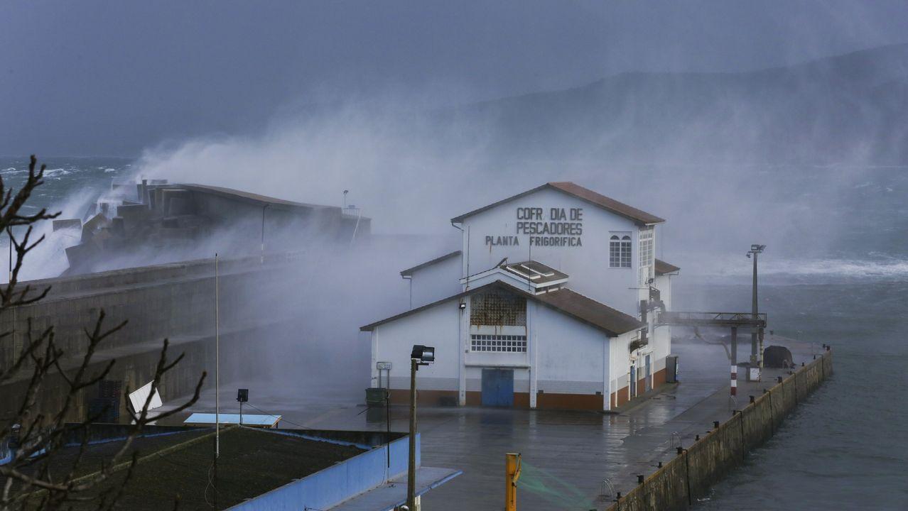 Temporal de viento en Pontevedra.Aeropuerto de Asturias