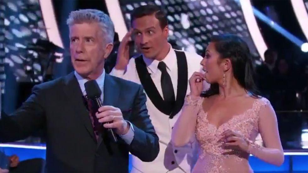 Ryan Lochte en «Dancing with the Stars».Alberto Suárez Laso tras conseguir el oro en los Juegos Paralímpicos de Londres 2012. Aitor Nieto celebra su victoria con la camiseta del Oviedo