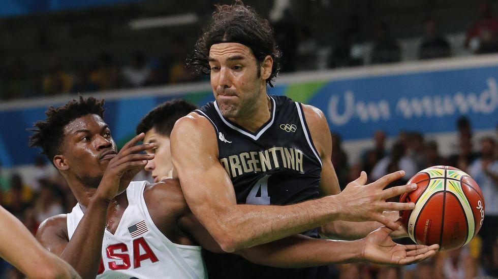 Ambiente hostil para Kevin Durant.La selección de Estados Unidos de Baloncesto gana a Argentina