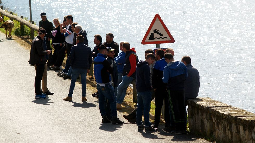 Una búsqueda con sónar y buceadores del desaparecido Emilio Pintor realizada la semana pasada en el Miño