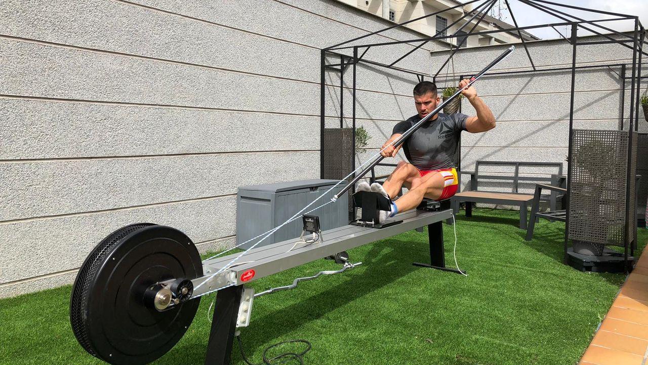 Toro durante un entrenamiento en su casa de Madrid