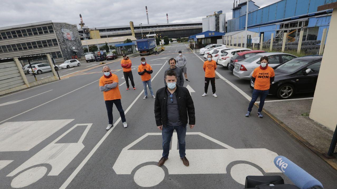 Parte el comité de A Coruña ante la fábrica para anunciar movilizaciones para cuando puedan