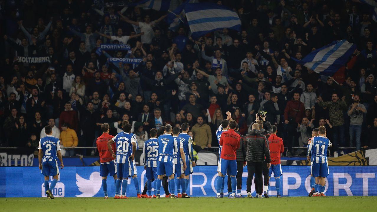 Así fue la presentación de José Luis Martí.Los jugadores del Oviedo celebran el 1-0 al Nàstic