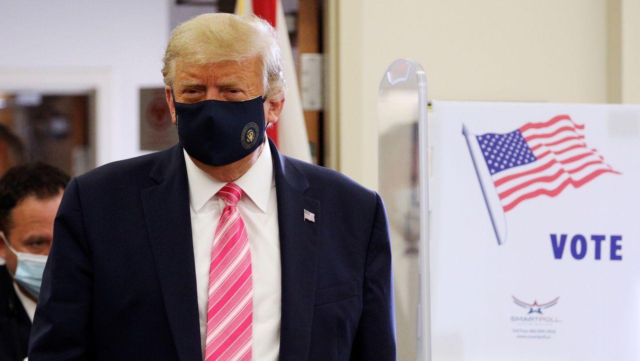 Trump votó en una biblioteca de West Palm Beach (Florida)