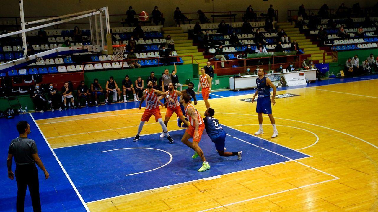 El partido de ida se disputó en la Polideportiva de Riazor