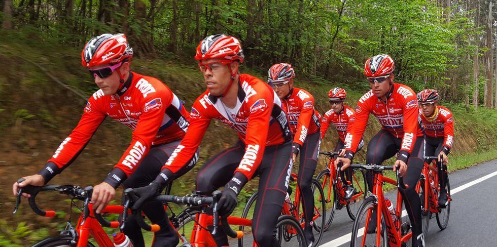 Así se proclamaron los nuevos campeones gallegos de ciclismo