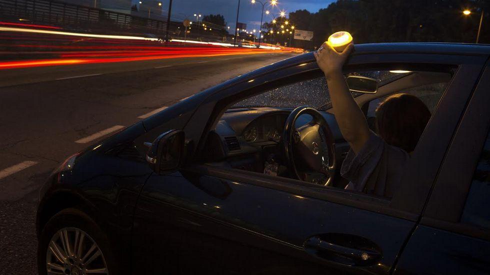Así es el invento gallego para salvar vidas en carretera.Cajero automático en el centro de Oviedo