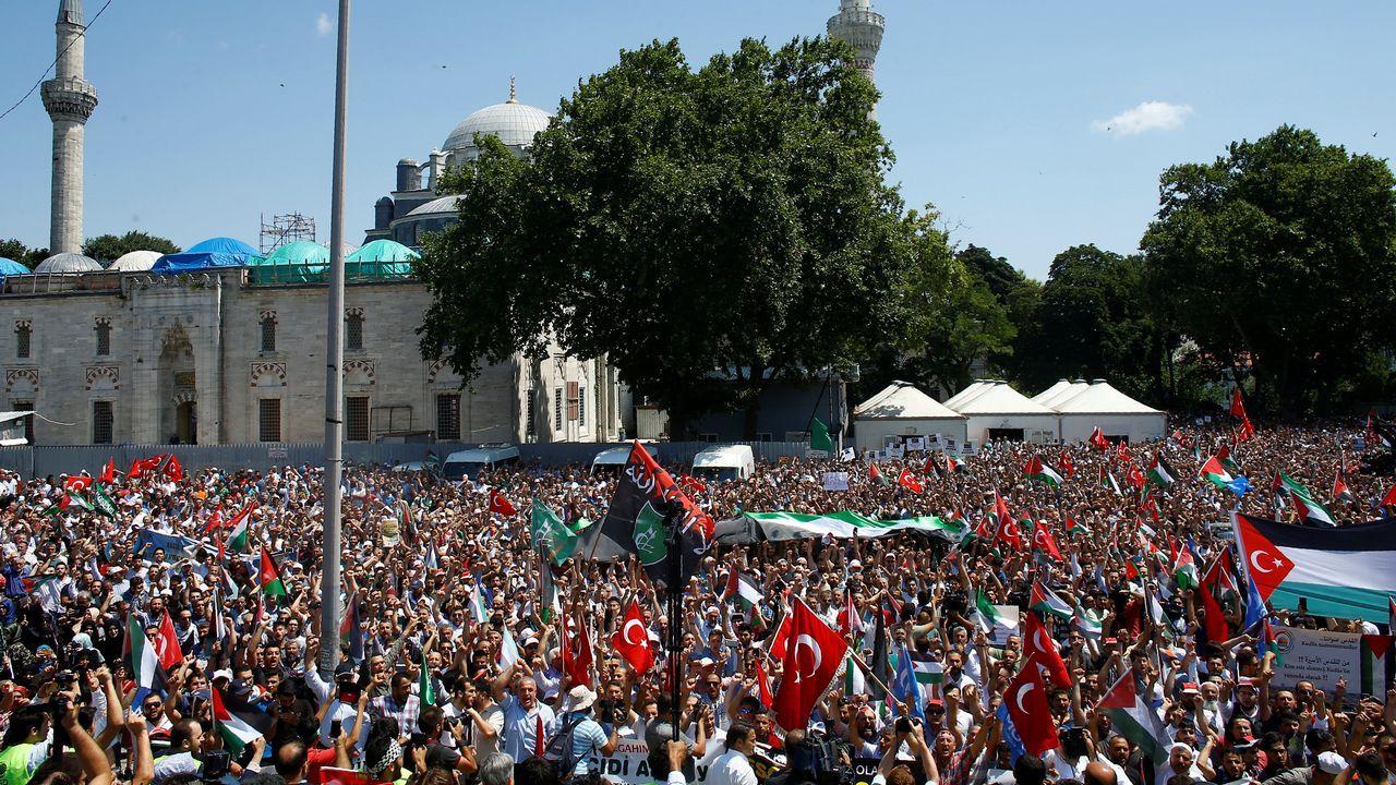 Manifestación en apoyo del pueblo palestino en Estambul