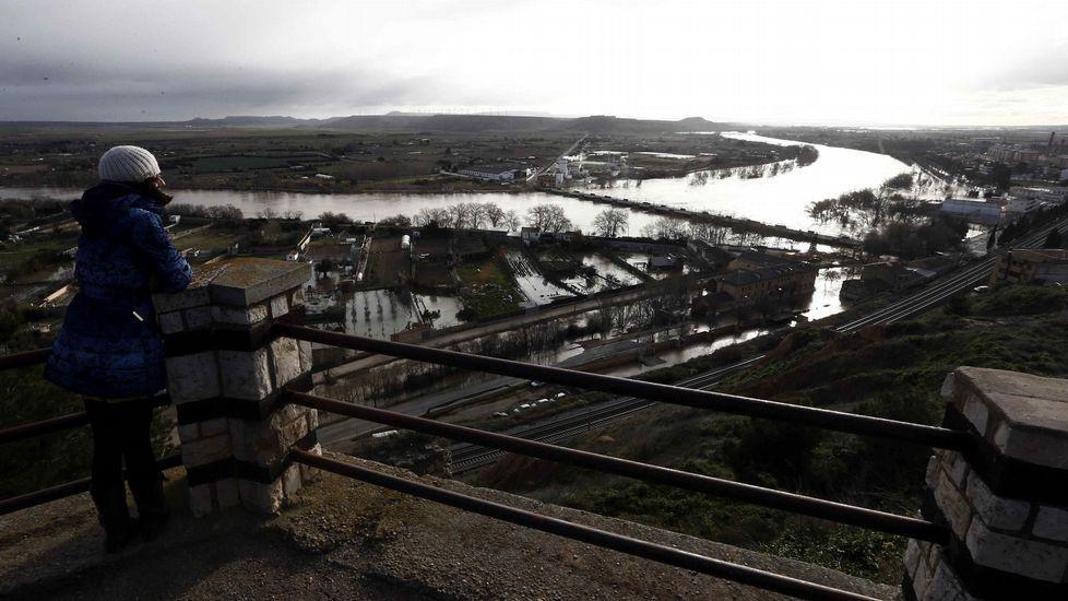 El impresionante desbordamiento del Ebro, visto desde el aire.Tudela