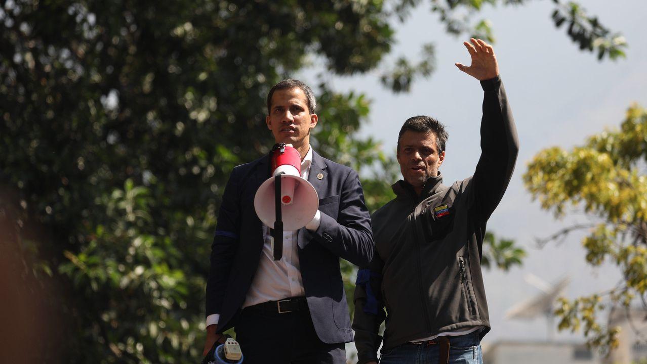 Guaidó y Leopoldo López, el 30 de abril del 2019, durante una manifestación en apoyo al levantamiento contra el régimen de Maduro