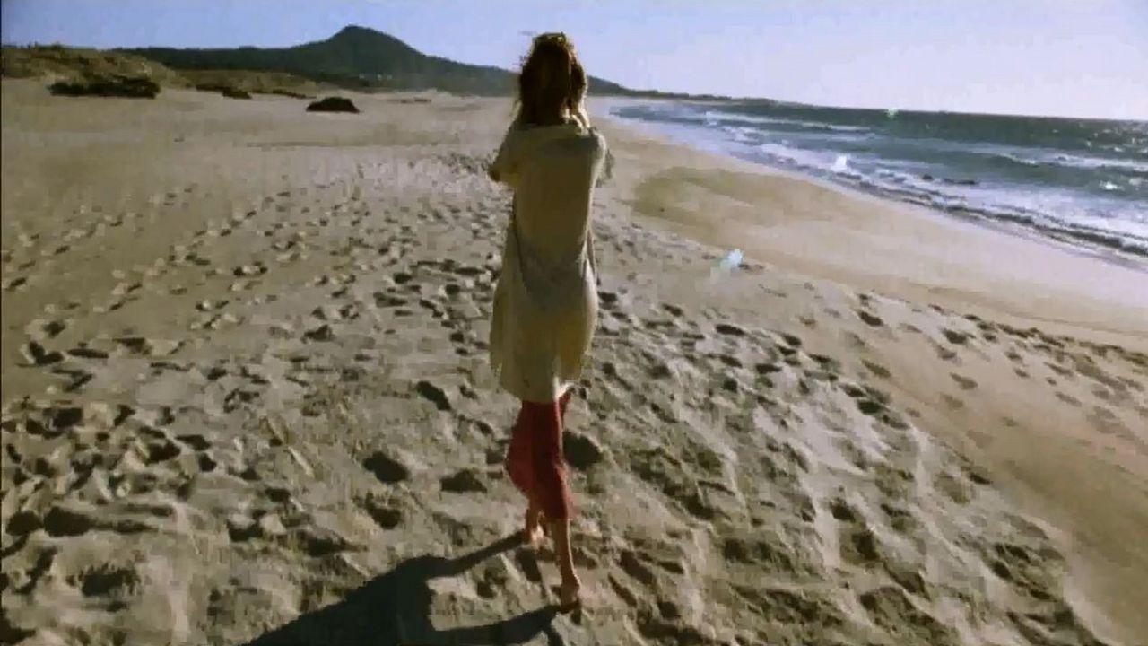 PLAYA DE AS FURNAS. «Mar adentro» (Alejandro Amenábar, 2004). El arenal en el que sufrió el accidente Ramón Sampedro fue escenario de la ganadora del Óscar.