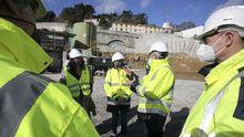 La conselleira do Mar y la titular de Portos visitaron las obras junto al presidente del Puerto