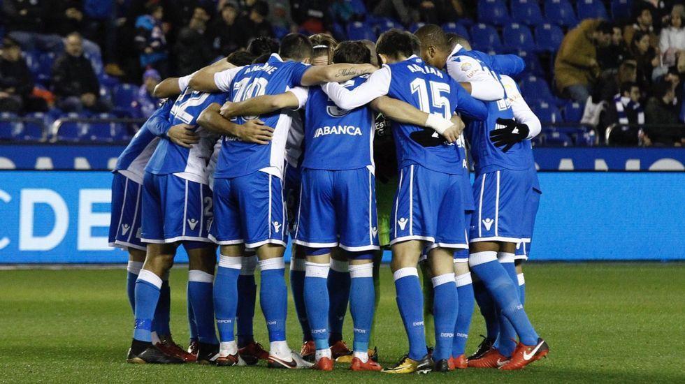 El debut del Deportivo en el Metropolitano, en imágenes.Imagen de los primeros clasificados de la San Silvestre de Gijón 2018