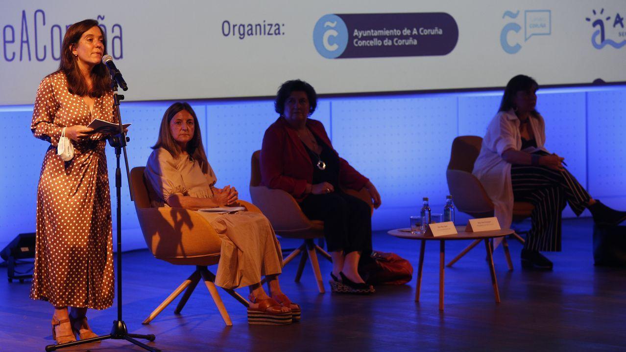 En Directo | Pleno ordinario de julio en A Coruña.La alcaldesa de A Coruña, Inés Rey, en su intervención en el encruentro profesional