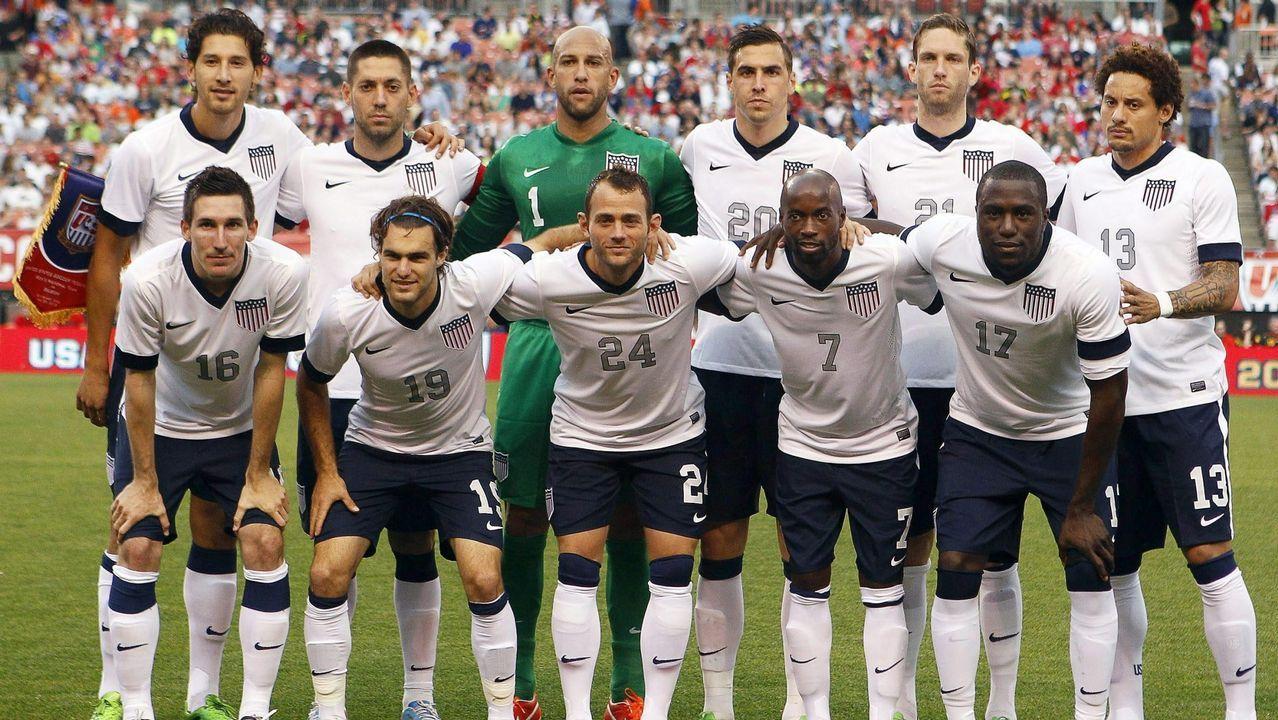 Fotografía tomada el 29 de mayo de 2013 que muestra a los jugadores de la selección de Estados Unidos