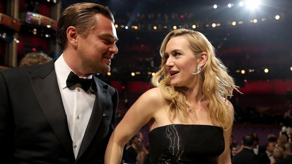 Leonardo Di Caprio con Kate Winslet.