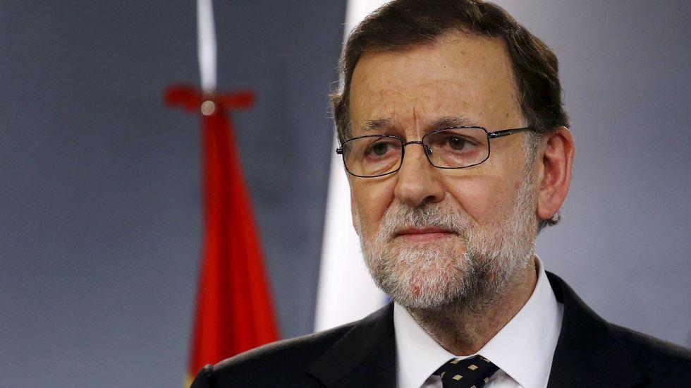 Rajoy: «No estoy en condiciones de presentarme a la investidura».El rey y su mujer el día de Reyes