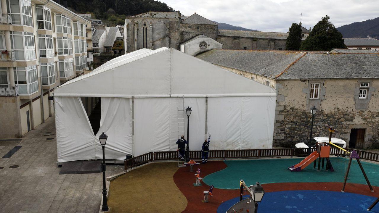 Fernández explica que los 25.000 euros eran para la carpa que se instala en Viveiro para la Antesala dun Museo de Semana Santa (en la foto de archivo), pero como no se celebró, el Concello renunció a ese dinero