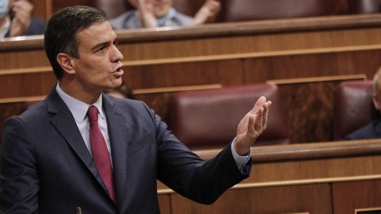 El Presidente del Gobierno, Pedro Sánchez, interviene en la sesión de control en el Congreso.