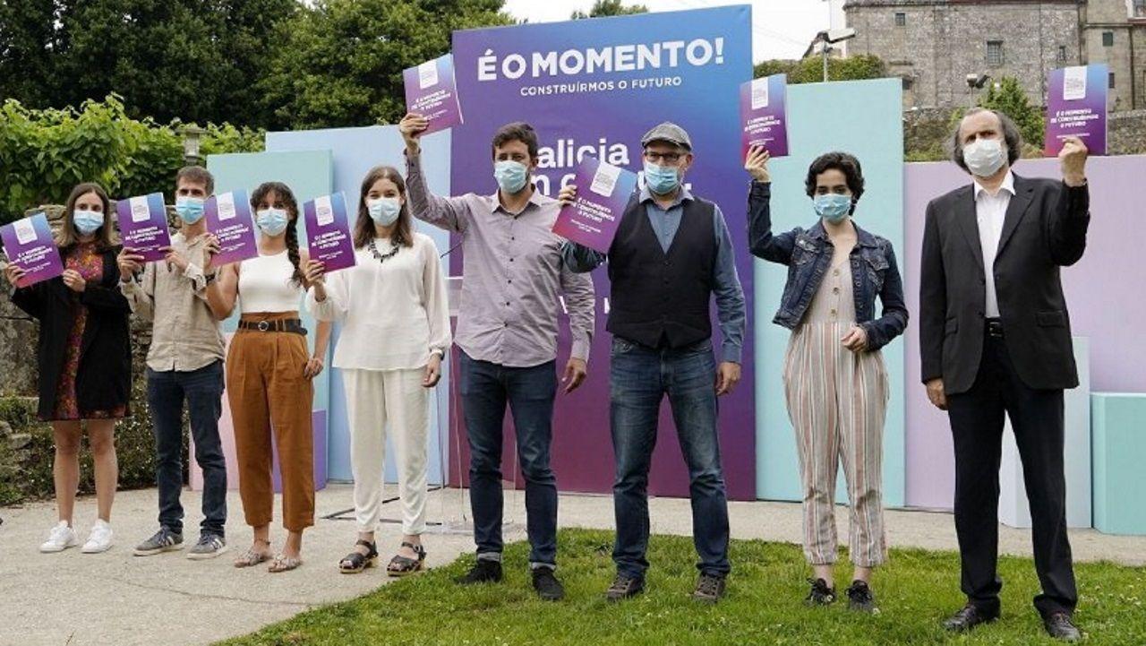 Estado de la Casa do Cortés tras la última limpieza.Candidatos de Galicia en Común-Anova Mareas en la presentación de su programa electoral