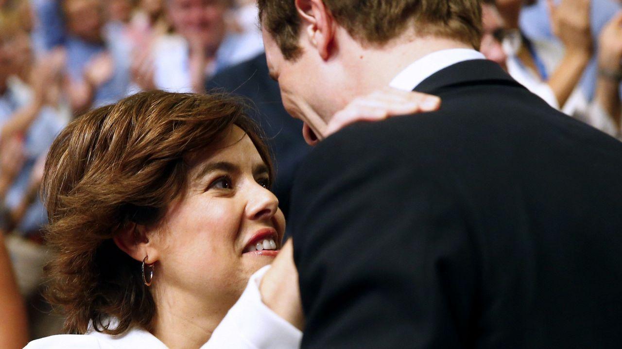 Sáenz de Santamaría y Casado se saludaron al inicio del congreso