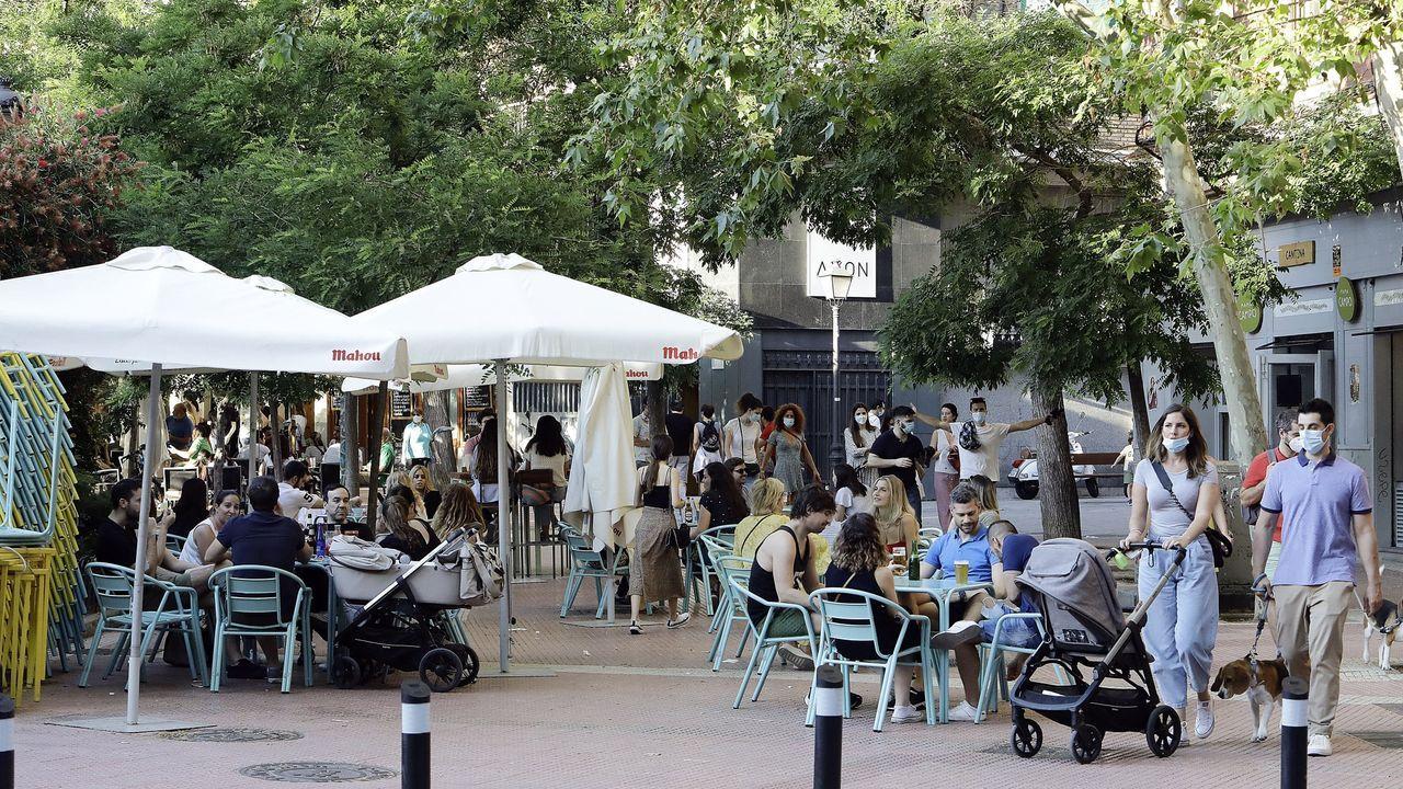 Terrazas en una plaza de Madrid