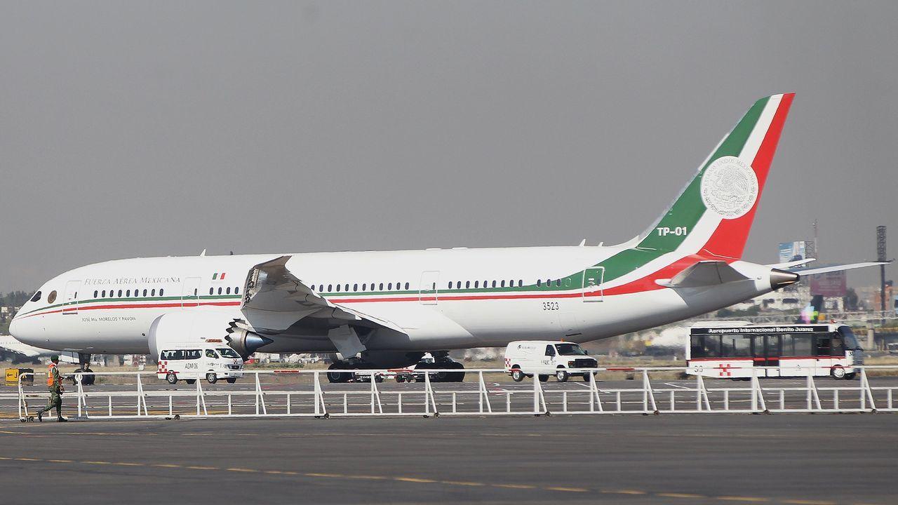 Aterriza en México el avión presidencial para su venta tras 19 meses en EE.UU..Imagen de archivo de una administración de lotería