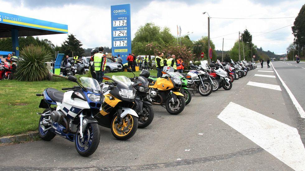 Ruta de los moteros por Betanzos en protesta por toda Galicia.