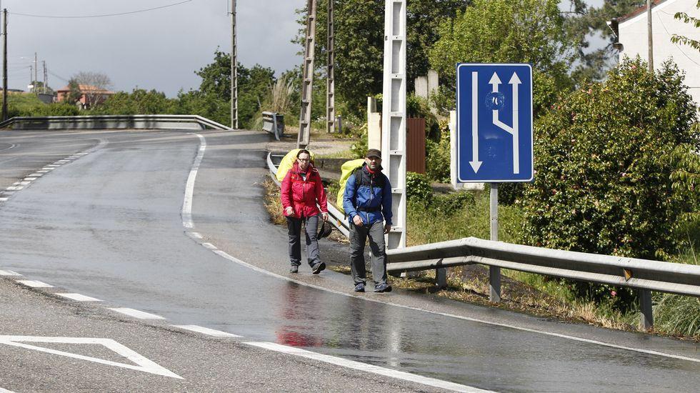 Ocho destinos turísticos en Galicia.Diputados y alcaldes socialistas apoyaron a sus colegas xalleiros.