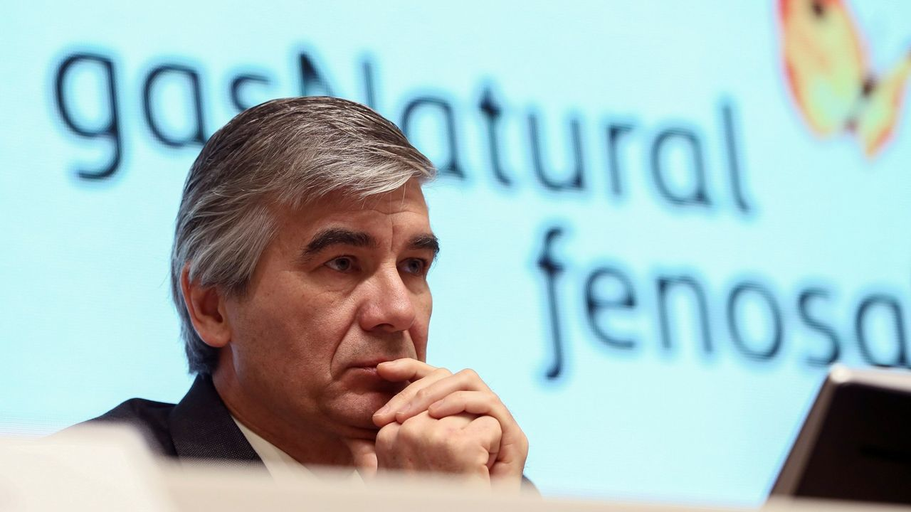Puesta de largo en Navantia Fene para la entrega de las cuatro primeras «jackets»del mayor parque eólico marino de Iberdrola.Francisco Reynés, nuevo presidente de Gas Natural Fenosa
