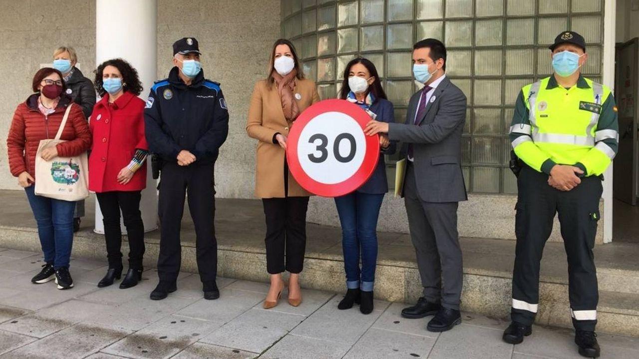 La ruta dos Muíños do Mera, un pulmón al lado de Lugo.Subdelegación, Concello y Tráfico presentaron la nueva normativa