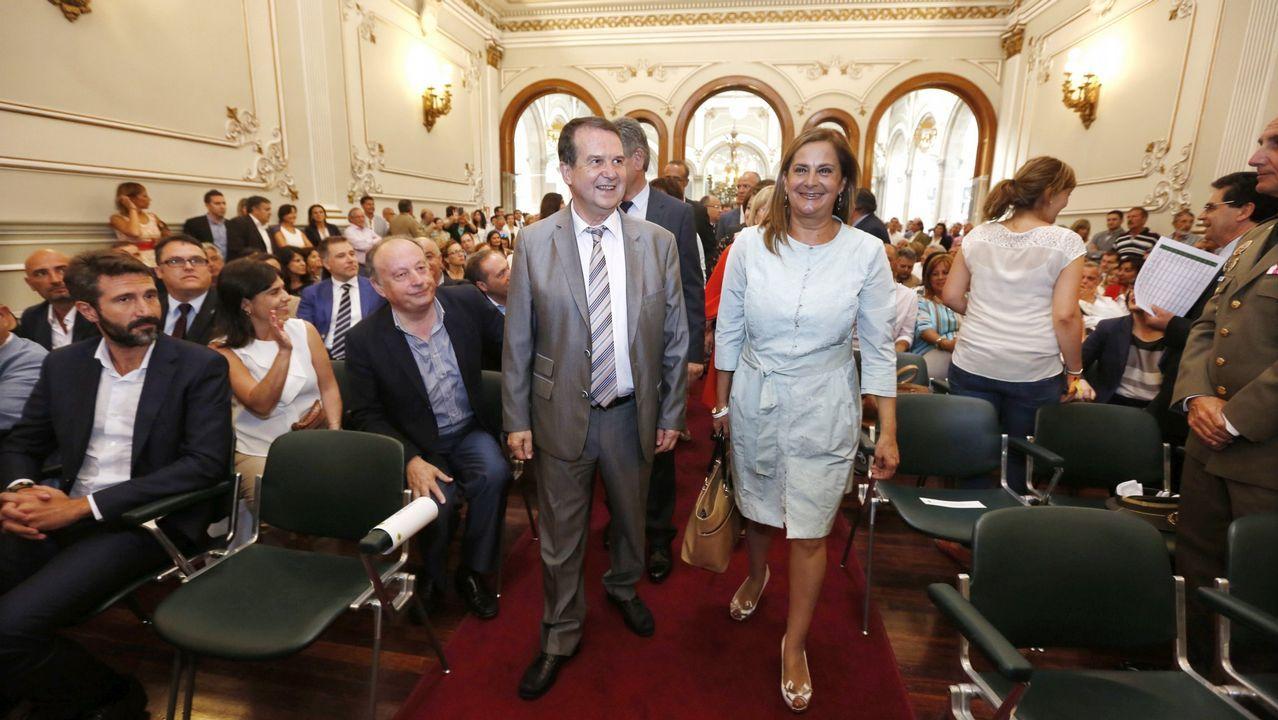 Centenares de personas pidieron ayer en Pontevedra medidas contra el alcalde de Vilanova
